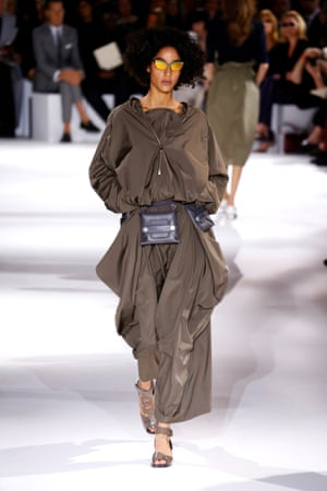 Stella McCartney womenswear SS17, Paris fashion week.