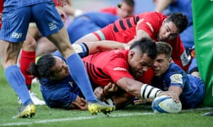 Billy Vunipola forces his way over for the try that ended Leinster's resistance.