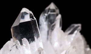 Diamond crystals on black backgroundBETTP3 Quartz crystals on black background