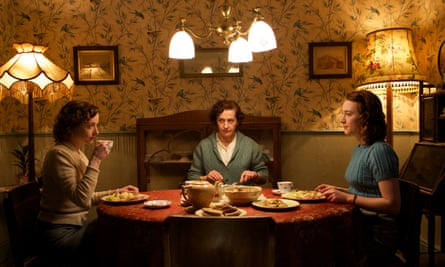 'Torn between time and place': Fiona Glascott, Jane Brennan and Saoirse Ronan in Brooklyn.