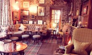 Creatutre comforts: the Black Swann Hotel