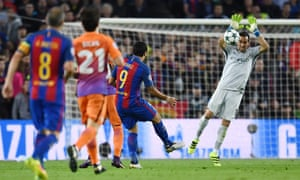 Claudio Bravo handles Luis Suárez's attempted lob outside the penalty area, making a red card inevitable.