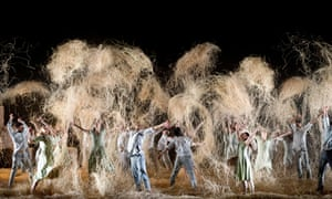 More than a roll in the hay ... Midsummer Night's Dream by Alexander Ekman.