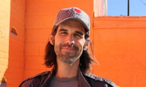 Federal prosecutors are pursuing criminal charges against activist Scott Daniel Warren for doing nothing more than giving food, water, and shelter to migrants trekking through the desert.