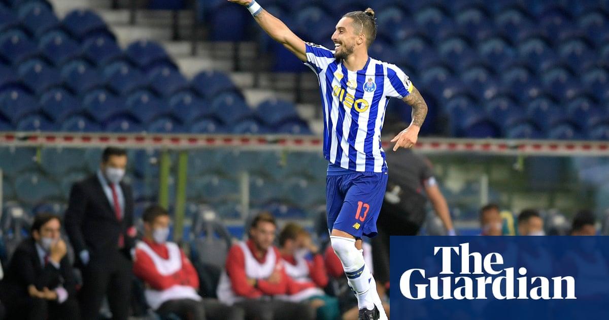 Manchester United make offer for Alex Telles and consider Jadon Sancho bid