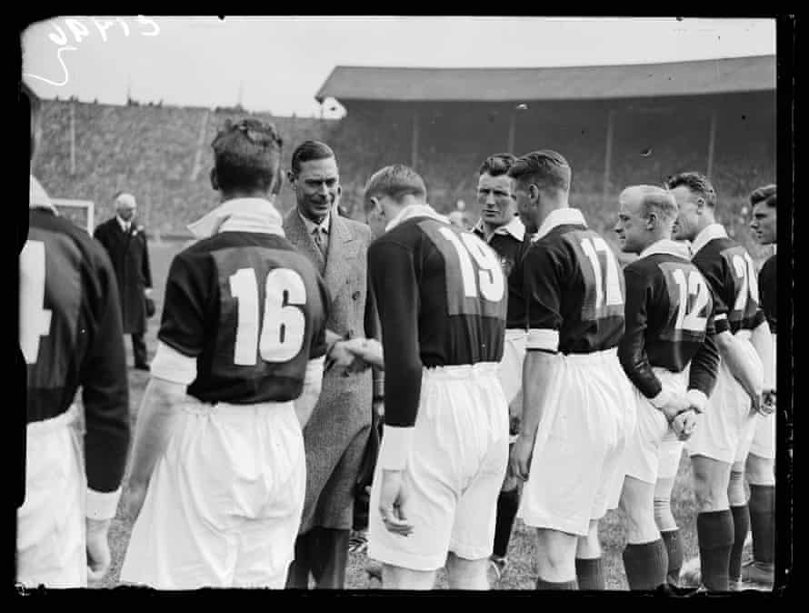 Shirt numbers are worn in the FA Cup final for the first time in 1933. Manchester City wore 12-22 and Everton, who won 3-0, took 1-11.