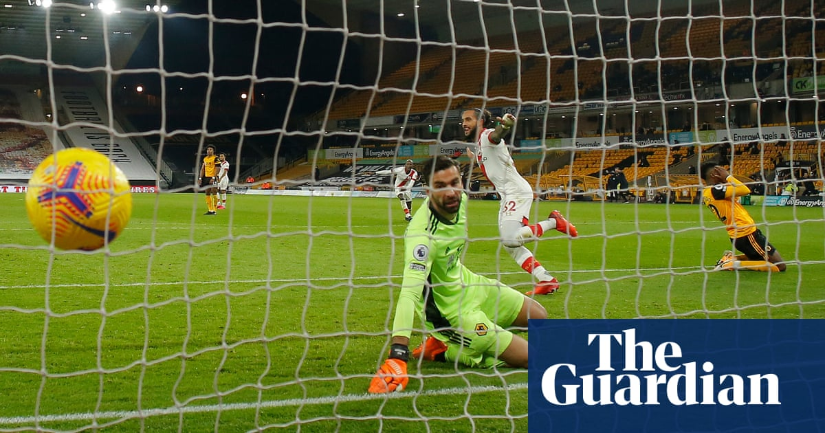 Wolves snatch equaliser after Walcott ends 14-year wait for Southampton goal