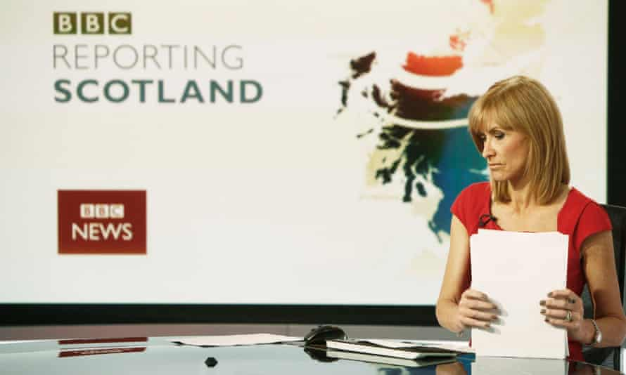 Reporting Scotland could be cut back if a new 'Scottish Six' news programme is agreed<br>