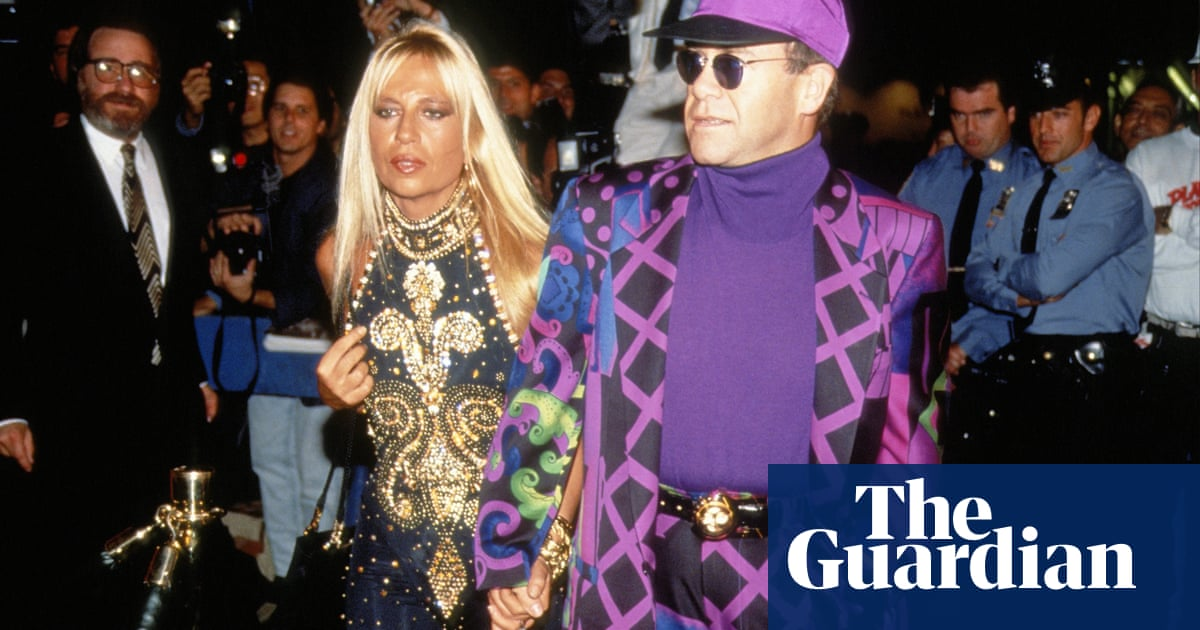 Your Style Elton John S Fashion Through The Years In Pictures Fashion The Guardian