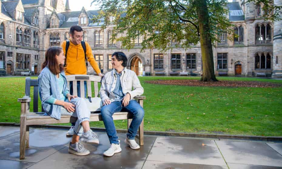 Students in the East Quadrangle at the University of Glasgow.