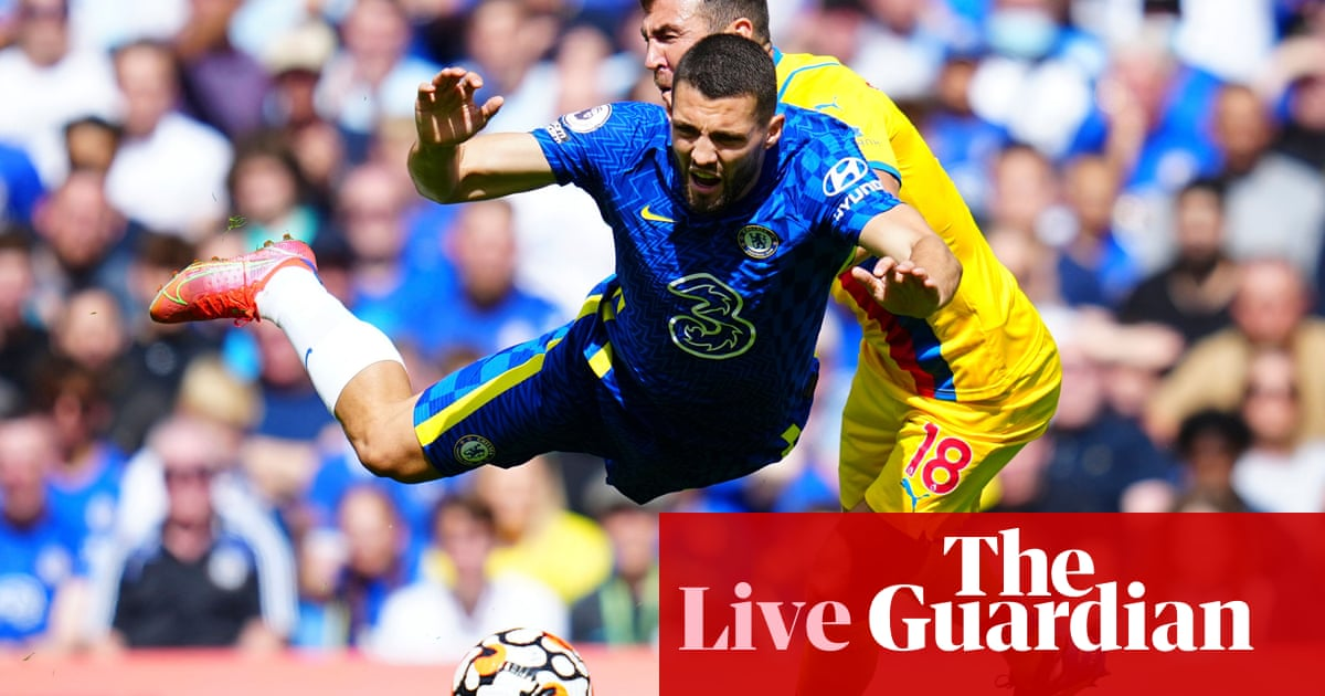 Chelsea v Crystal Palace, Leicester v Wolves and more: football clockwatch –live!