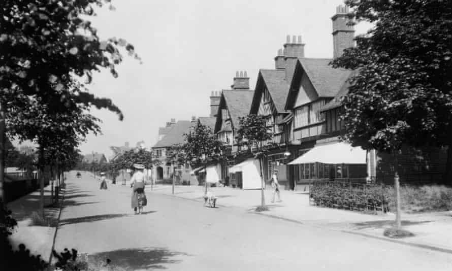 Bournville, west Midlands, 1909.