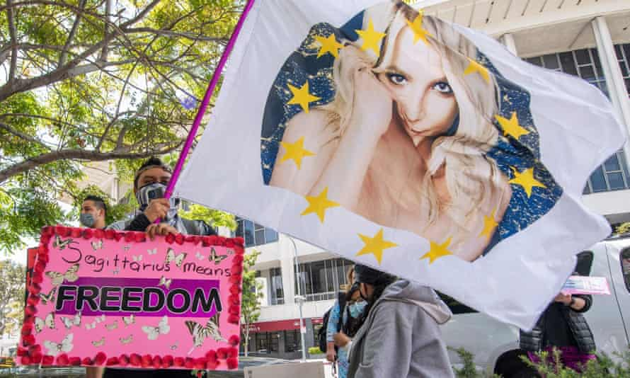 Supporters of the FreeBritney movement rally in support of Britney Spears after a conservatorship court hearing in Los Angeles on 27 April