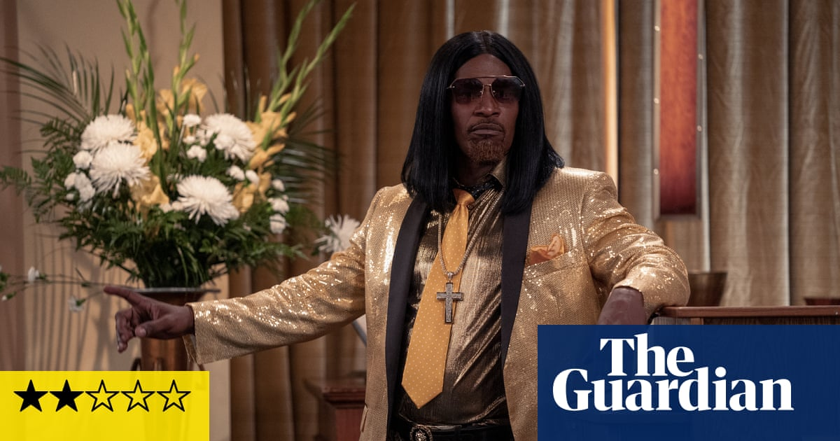 Dad Stop Embarrassing Me! review – Jamie Foxx's first flop?