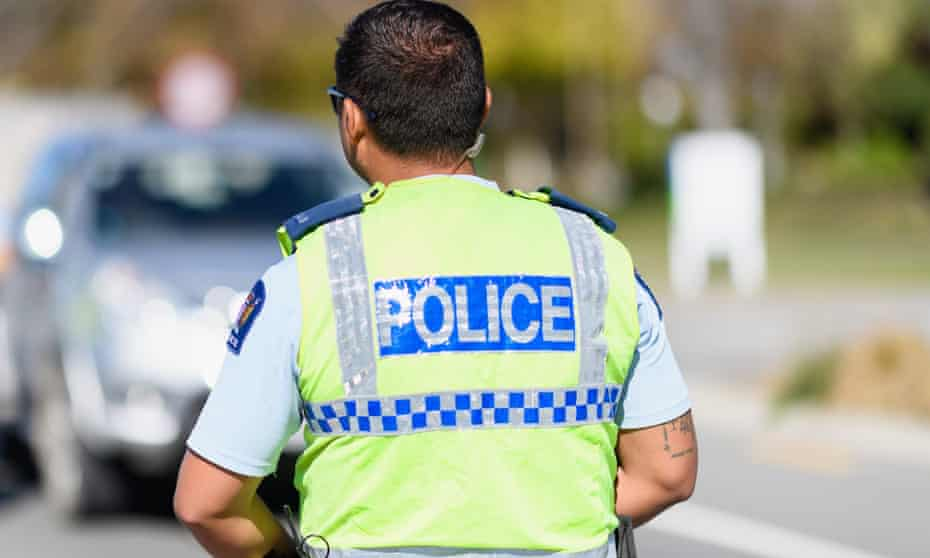 a new zealand police officer
