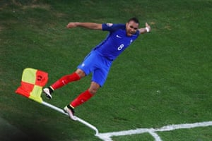 Dimitri Payet celebrates after scoring Frances' second goal during their 2-0 win over Albania