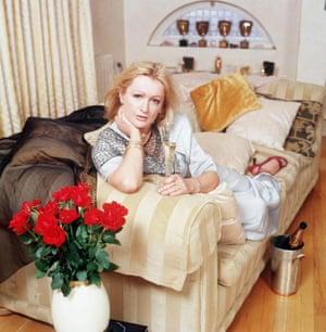 Caroline Aherne at home in 2001