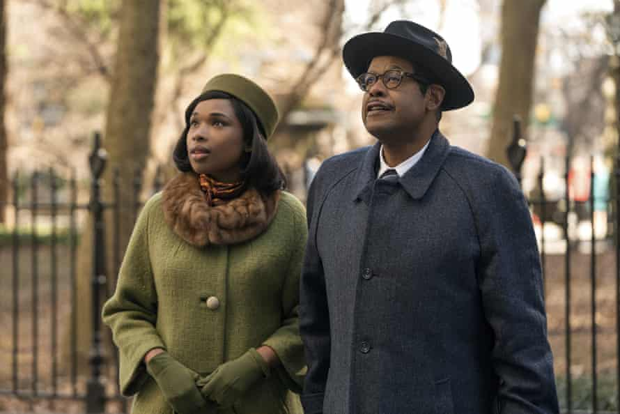 Jennifer Hudson as Aretha with Forest Whitaker as her father, CL Franklin.