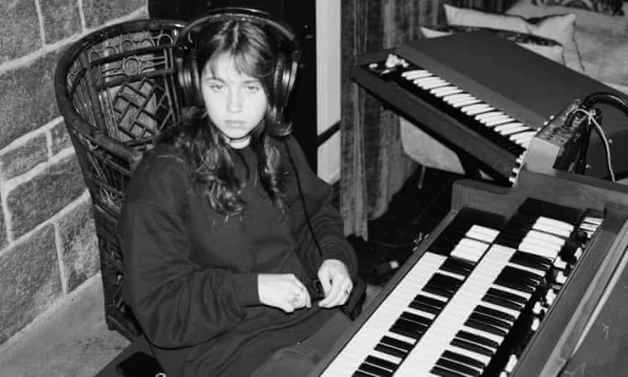 Major keys ... Clairo in the studio.