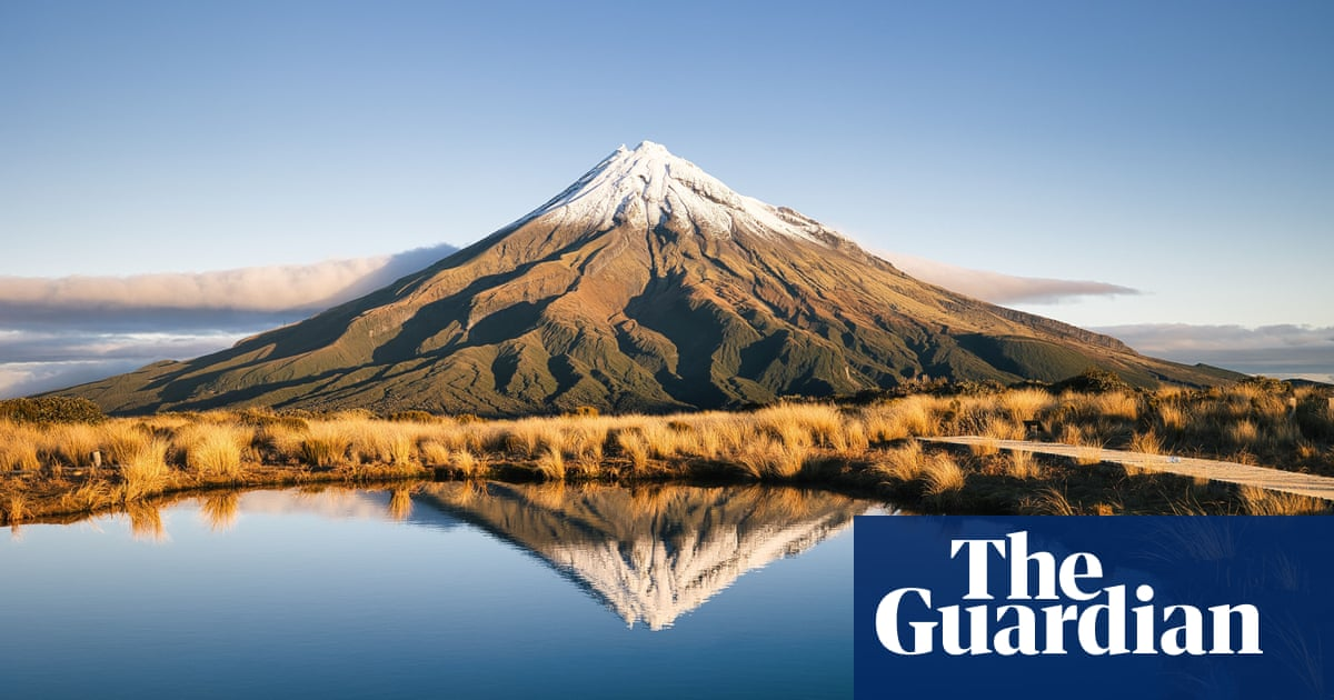 'Light at the end of the tunnel': New Zealand welcomes border reopening plans