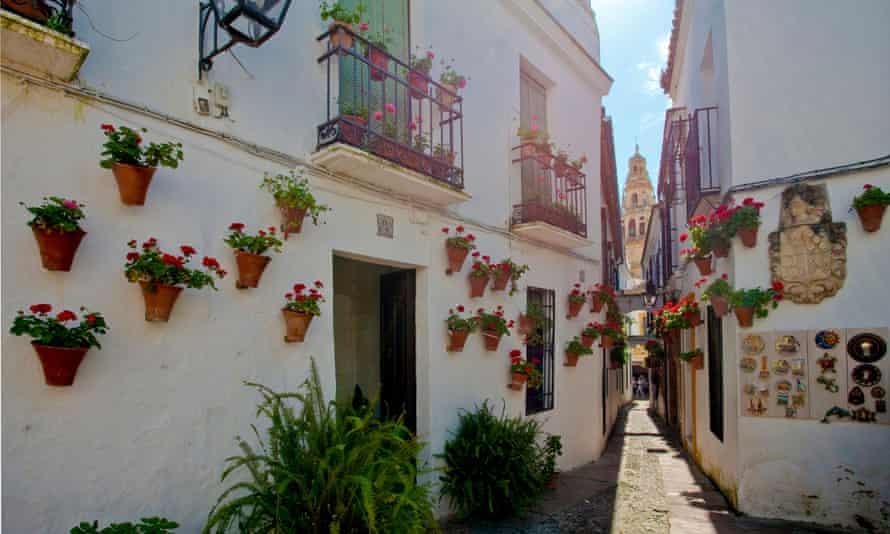 A narrow alleyway in Priego de Cordoba, Spain