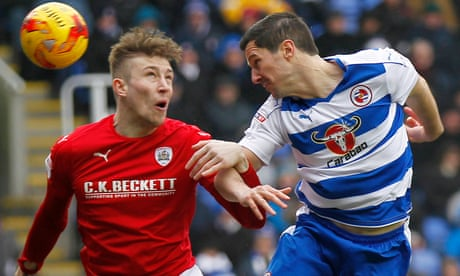 Reading frustrated after failing to find way past Barnsley's Adam Davies