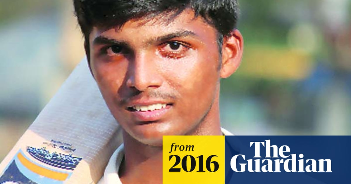 Pranav Dhanawade, Indian schoolboy, scores record 1,009 runs in one