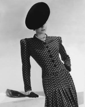 Shoulder pads in 1938.