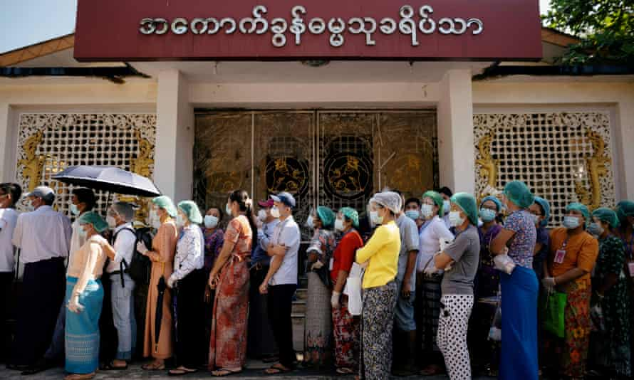 Waiting to vote in Yangon on 8 November