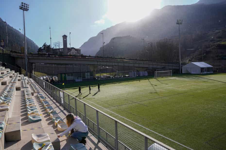 Staff prepare the Prada de Moles stadium ahead of FC Andorra's match against CE L'Hospitalet in March.
