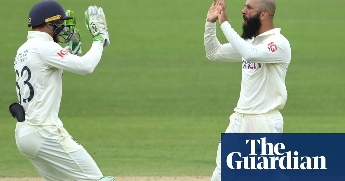 Moeen Ali hopes for Test victory target of less than 220 for England