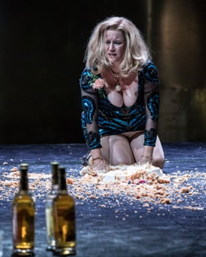 Cat On A Hot Tin Roof Sienna Miller Review