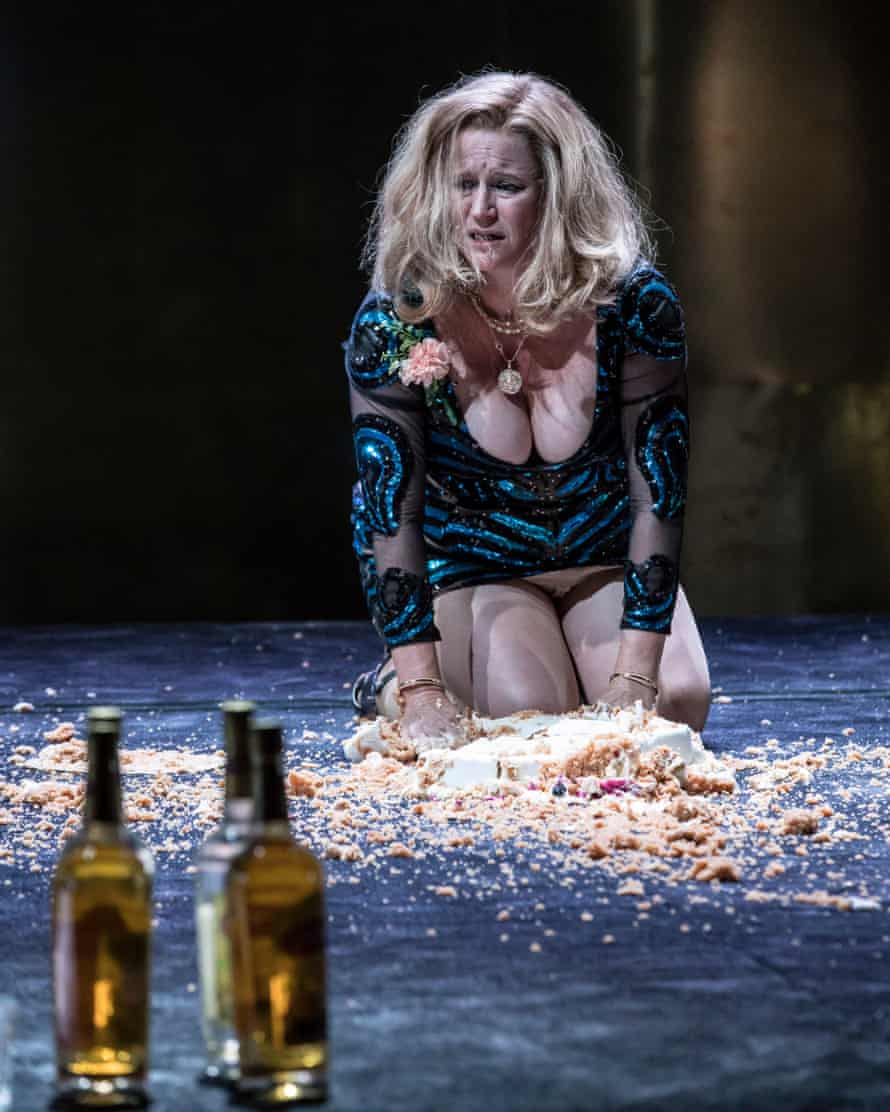 Lisa Palfrey as Big Mama in Cat on a Hot Tin Roof, directed by Benedict Andrews, at the Apollo theatre, London.