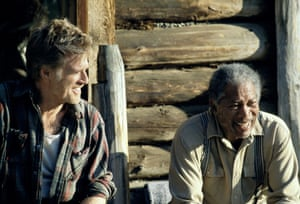 2005, AN UNFINISHED LIFEROBERT REDFORD & MORGAN FREEMAN Character(s): Einar Gilkyson & Mitch Bradley Film 'AN UNFINISHED LIFE' (2005) Directed By LASSE HALLSTRÖM 19 August 2005 SSE16109 Allstar/REVOLUTION STUDIOS (USA/DE 2005, Regie: Lasse Hallström) **WARNING** This Photograph is for editorial use only and is the copyright of REVOLUTION STUDIOS and/or the Photographer assigned by the Film or Production Company & can only be reproduced by publications in conjunction with the promotion of the above Film.