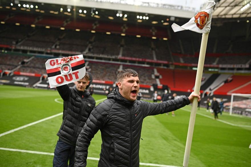 Матч Манчестер Юнайтед - Ливерпуль отложен из-за массовых протестов болельщиков - изображение 1