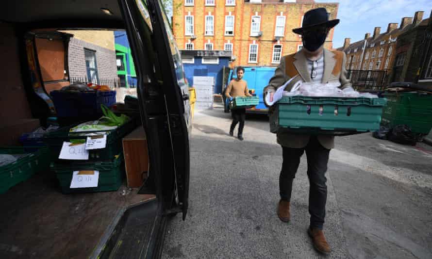 Pecan foodbank in London, April 2020.