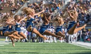 UC Berkeley cheerleaders