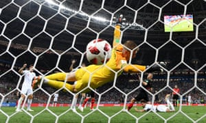 Ivan Perisic of Croatia scores his team's first goal past Jordan Pickford