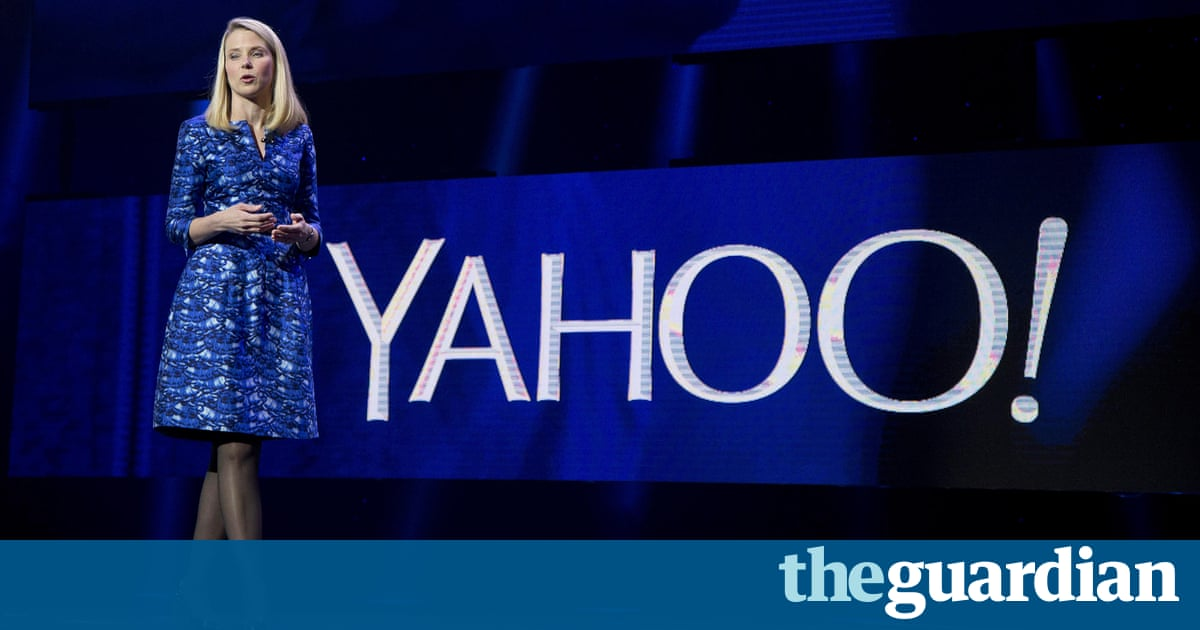 Yahoo 'secretly monitored emails on behalf of the US government'