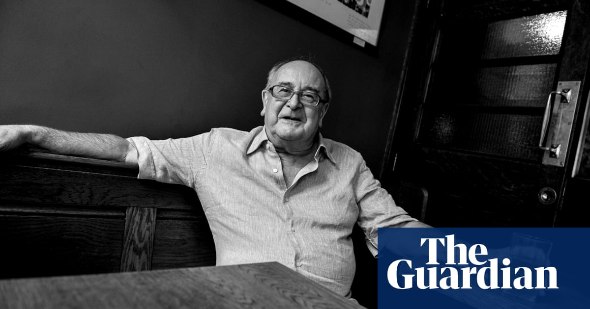 Stuart Lyon obituary
