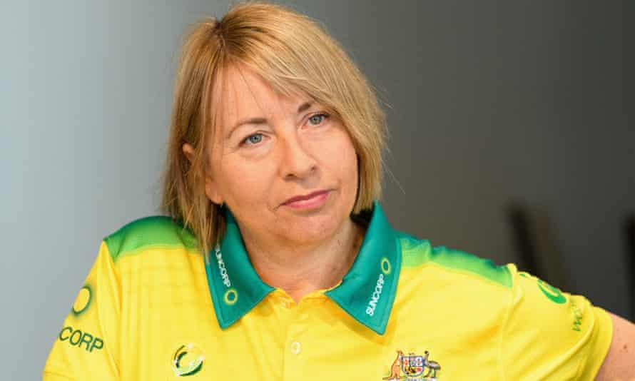Head Coach Lisa Alexander