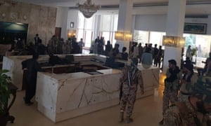 Pakistani security forces in a luxury hotel after a shooting