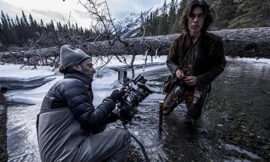 Mexican cinematographer Emmanuel Lubezki on the set of The Revenant.