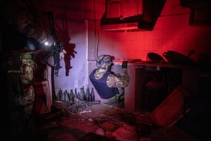 The secret tunnel in the house of an 'Ndrangheta boss, discovered by an elite commando unit