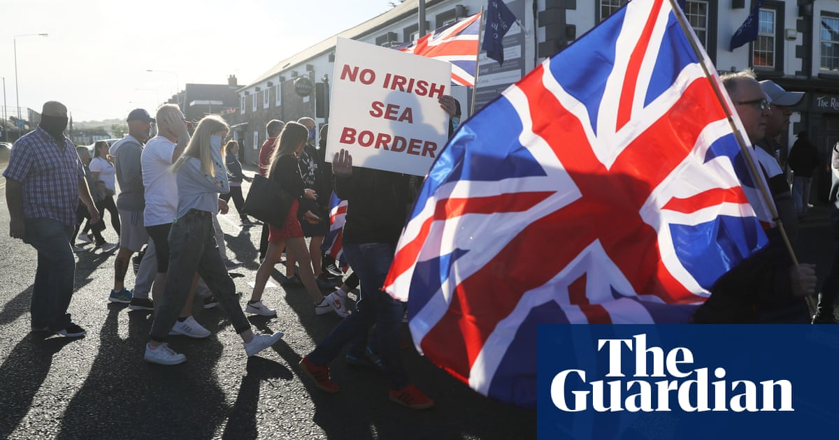 The new Brexit crisis for Northern Ireland's unionists – podcast