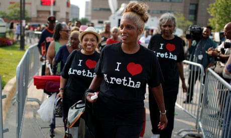 Aretha Franklin: thousands pay respects to 'Queen of Soul' in Detroit