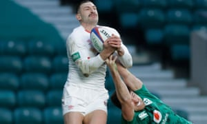 Johnny May beats Hugo Keenan of Ireland in the air before going on to score England's first try.