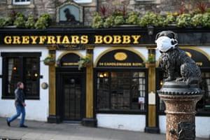 Edinburgh, Scotland The Greyfriars Bobby statue