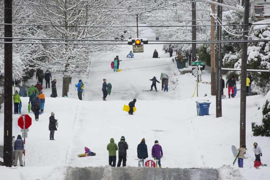 A large storm blanketed Seattle with snow.