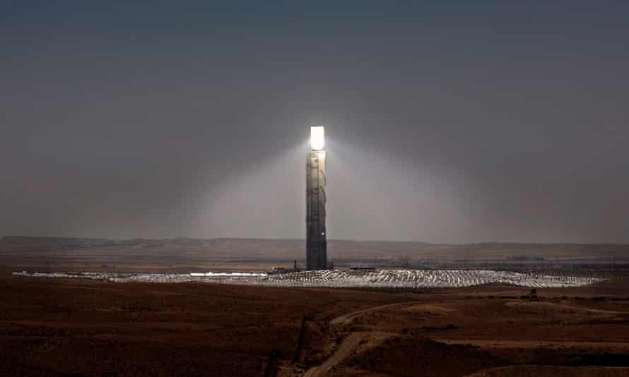 The Ashalim solar tower, resembling the Eye of Sauron.